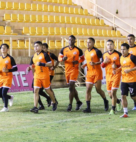 Oaxaqueños en busca de una oportunidad en el fútbol